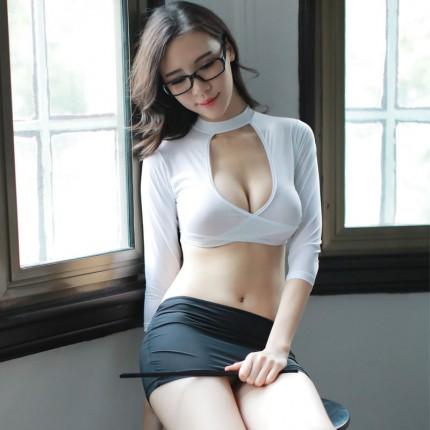 制服诱惑-瑰若-瑰若 性感教师深V齐臀魅惑制服内衣